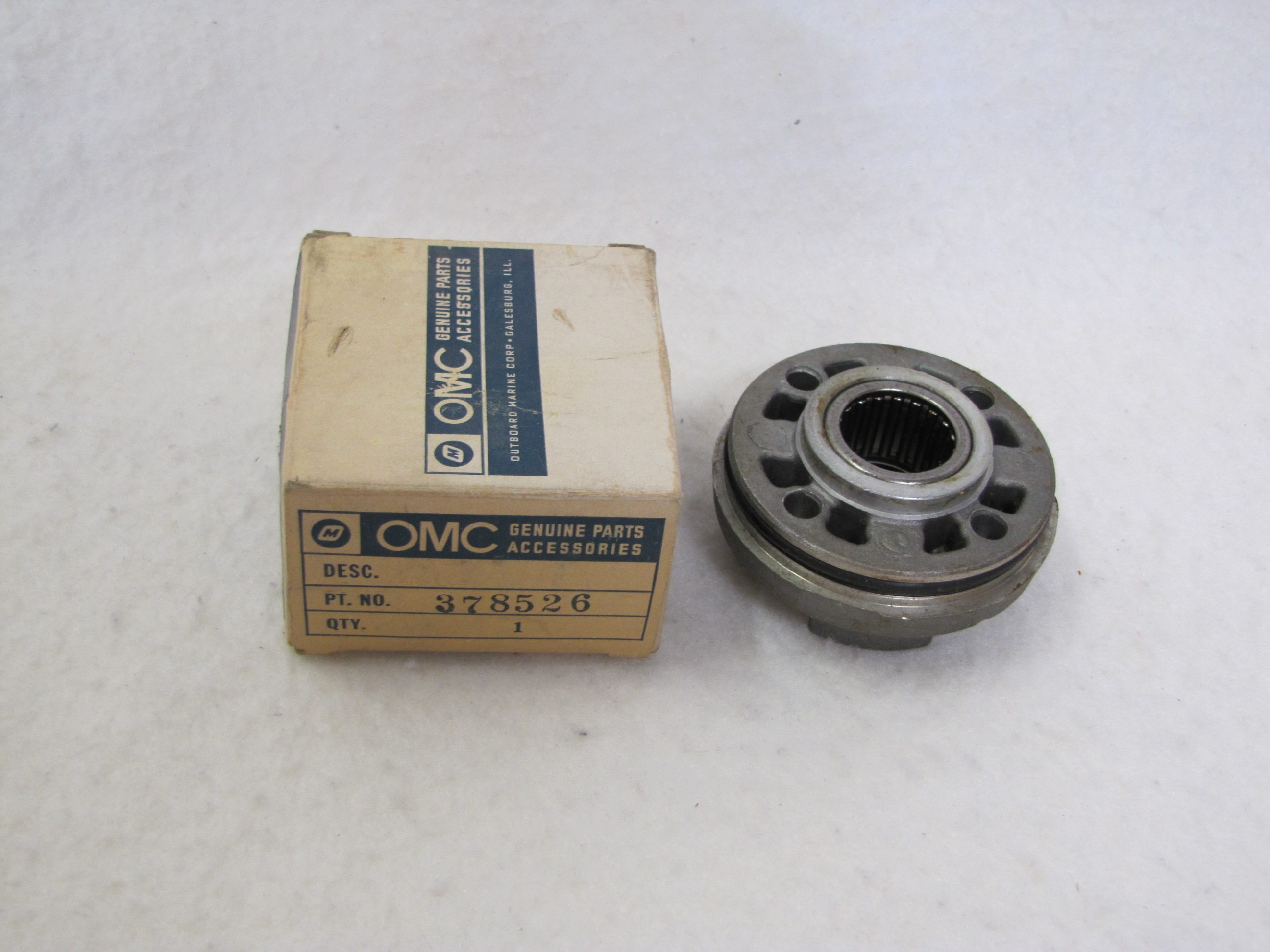 Johnson Evinrude Outboard Motor Bearing /& Oil Head Assembly 0378526 378526